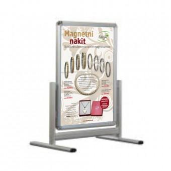 Almaki stojalo z zaobljenimi vogali z dvema plakatoma 50 x 70 cm