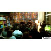 Predelna zavesa s knjižnimi policami, Knjigarnica Didakta, 2013